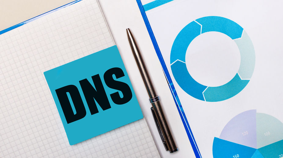 Ensure mail delivery with DNS SPF record